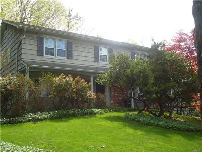Chappaqua Single Family Home For Sale: 27 Whitlaw Lane
