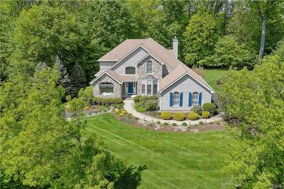 Rockland County Single Family Home For Sale: 19 Golf Course Drive