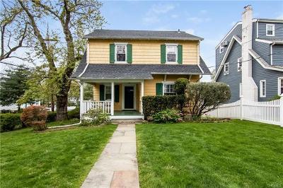 White Plains Single Family Home For Sale: 193 Davis Avenue
