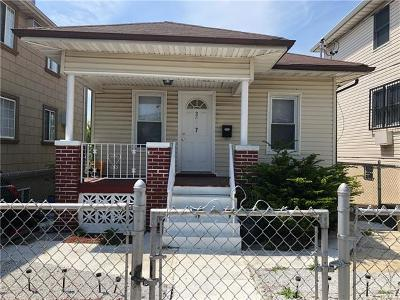 Eastchester Single Family Home For Sale: 3917 Rombouts Avenue