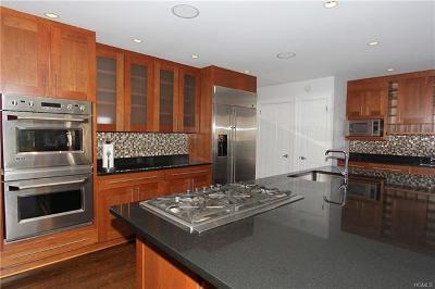 Cortlandt Manor Single Family Home For Sale: 6 Oriole Lane