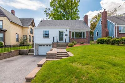 White Plains Single Family Home For Sale: 37 Ridgeway