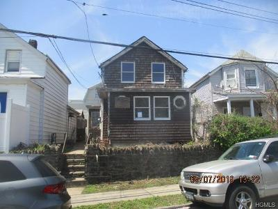 Yonkers Single Family Home For Sale: 333 Prescott Street