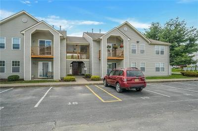 Middletown Condo/Townhouse For Sale: 30 Revere Drive #30