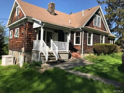 Milton Single Family Home For Sale: 58 Woodcrest Lane