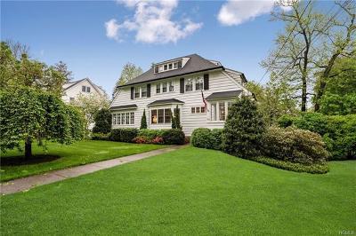 Pelham Single Family Home For Sale: 127 Corona Avenue