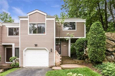 Mamaroneck Single Family Home For Sale: 38 Top Of The Ridge Ridge