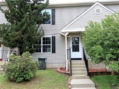 Warwick Single Family Home For Sale: 72 Darin Road