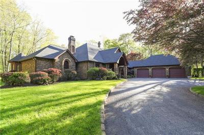 Connecticut Single Family Home For Sale: 7 Mountain Laurel Drive