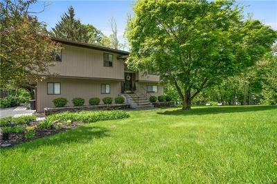 Rockland County Single Family Home For Sale: 818 Tulip Drive