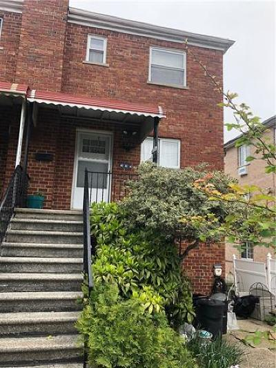 Bronx Single Family Home For Sale: 323 Quincy Avenue