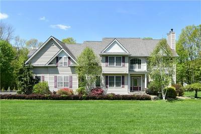 Mahopac Single Family Home For Sale: 10 Fox Trail