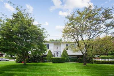 Single Family Home For Sale: 4 Balsam Court