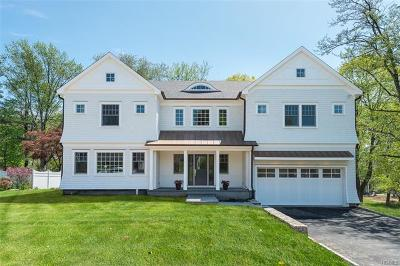 Connecticut Single Family Home For Sale: 8 Robin Place