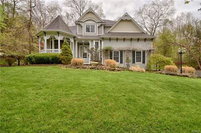 Warwick Single Family Home For Sale: 81 Coppergate Lane