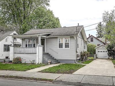 Middletown Single Family Home For Sale: 4 Sunnyside Avenue