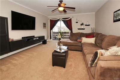 Valley Cottage Condo/Townhouse For Sale: 155 Sierra Vista Lane