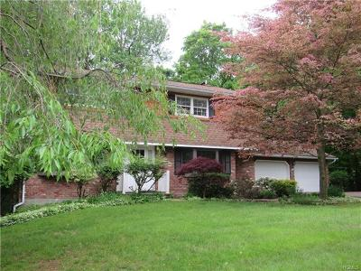 Washingtonville Single Family Home For Sale: 8 Sands Point Road