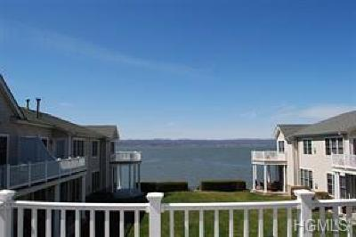 Croton-on-hudson Condo/Townhouse For Sale: 808 Half Moon Bay Drive