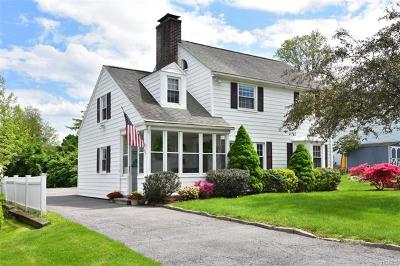 Westchester County Single Family Home For Sale: 29 Kathwood Road