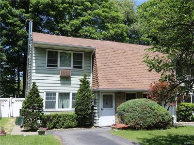 Westchester County Single Family Home For Sale: 1128 Stonegate Road