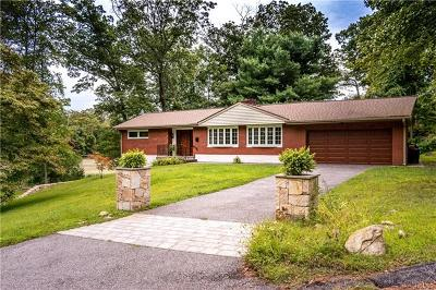 Westchester County Single Family Home For Sale: 60 Carolyn Drive