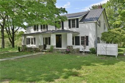 Middletown Single Family Home For Sale: 181 Howells Road