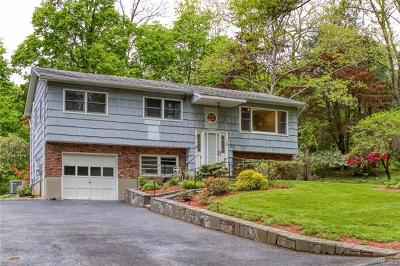 Croton-On-Hudson Single Family Home For Sale: 3 Eklof Court