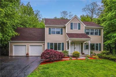 Cortlandt Manor Single Family Home For Sale: 7 Greenlawn Road