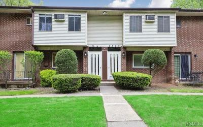 Condo/Townhouse For Sale: 4 Blue Hill Commons Drive #G