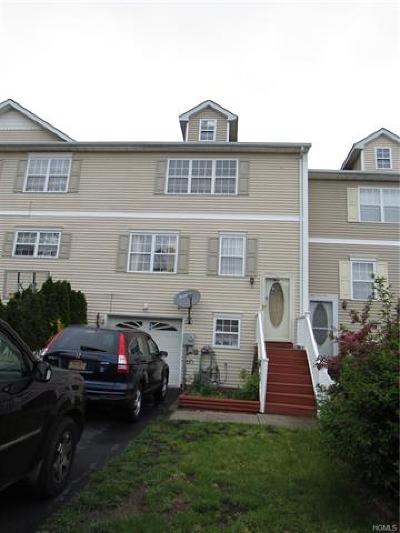 Middletown NY Single Family Home For Sale: $189,900