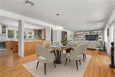 Chappaqua Single Family Home For Sale: 6 Algonquin Drive