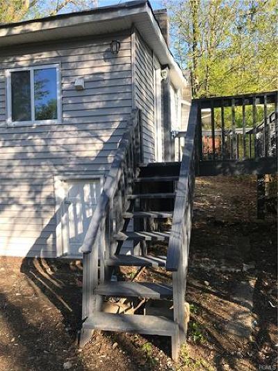 Monroe Single Family Home For Sale: 70 Higgins Trail