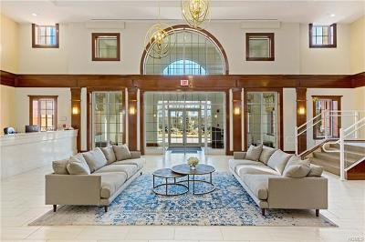 Larchmont Rental For Rent: 10 Byron Place #716