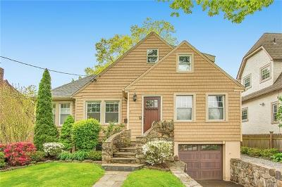 Larchmont Single Family Home For Sale: 7 Copley Road