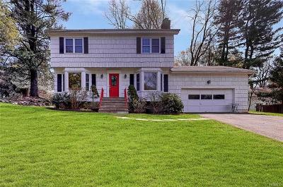Irvington Single Family Home For Sale: 4 Cindy Lane
