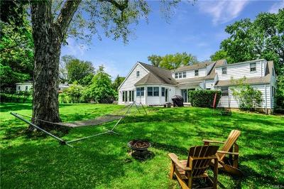 Scarsdale Single Family Home For Sale: 46 Standish Drive