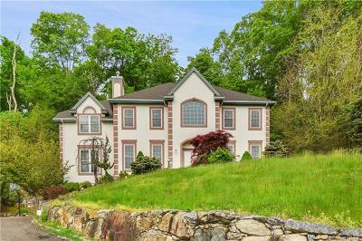 Mohegan Lake Single Family Home For Sale: 2701 Deer Street