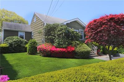 Yonkers Single Family Home For Sale: 6 Ashford Place