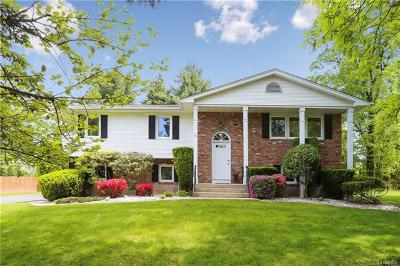 Single Family Home For Sale: 27 Oriole Road