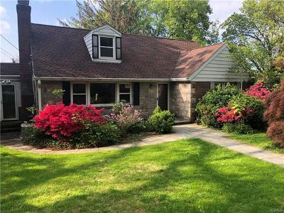 Mount Kisco Single Family Home For Sale: 160 Forest Drive