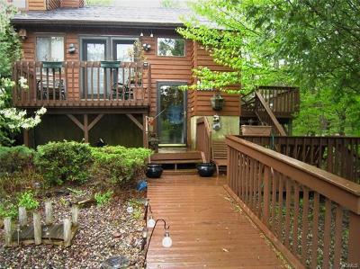 Barryville, Woodridge Single Family Home For Sale: 50 Meadowlark Lane