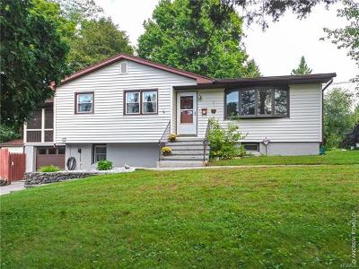 Single Family Home For Sale: 1 Timberly Drive