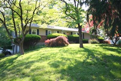 Rockland County Single Family Home For Sale: 1 Prides Crossing