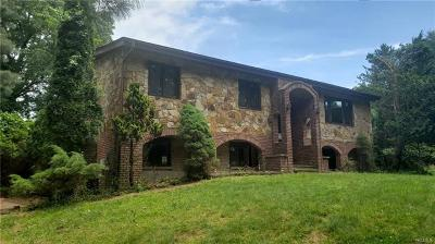 Rockland County Single Family Home For Sale: 262 Old Mill Road