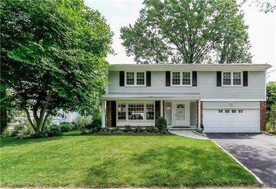 Larchmont Single Family Home For Sale: 7 Sherwood Drive