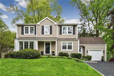 White Plains Single Family Home For Sale: 2 Crest Drive