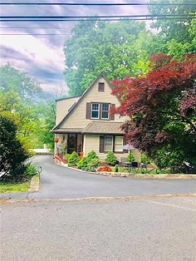 White Plains NY Multi Family 2-4 For Sale: $640,000