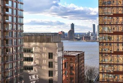 New York Condo/Townhouse For Sale: 20 West Street #15A