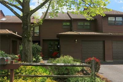 Ossining Condo/Townhouse For Sale: 75 Woods Brooke Circle